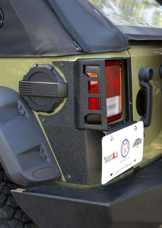 Rugged Ridge (11615.20): XHD Rear Corner Guards for Jeep Wrangler JKU